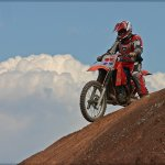 Bruce Peters / DIRT BIKER AT THE TOP / HM / Print Level 1 Pictorial